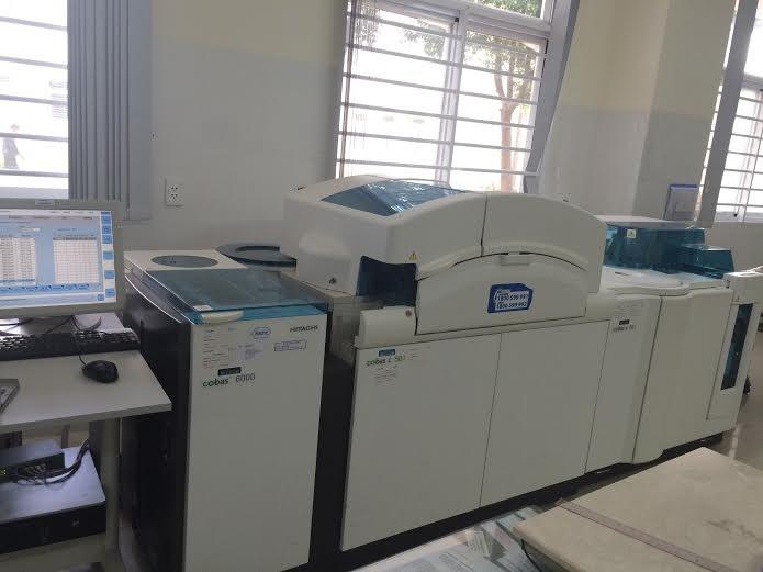 Hệ thống máy miễn dịch (Cobas 6000) - Thiện Hạnh Hospital