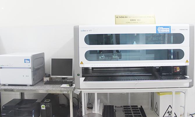 Máy Xn Sinh Học Phân Tử Cobas 4800