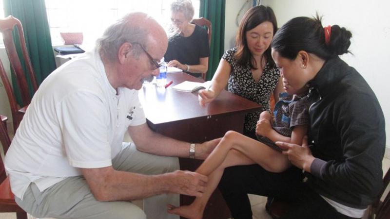 Bệnh Viện đa Khoa Thiện Hạnh Phối Hợp Tổ Chức Khám Sàng Lọc Dị Tật Cơ Xương Khớp Và Sẹo Bỏng Miễn Phí Cho Trẻ Em
