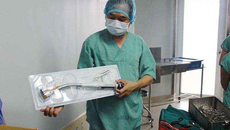 Bệnh Viện Thiện Hạnh Phẫu Thuật Trực Tràng Bằng Máy Cắt Nối Tự động đầu Tiên Tại Tây Nguyên