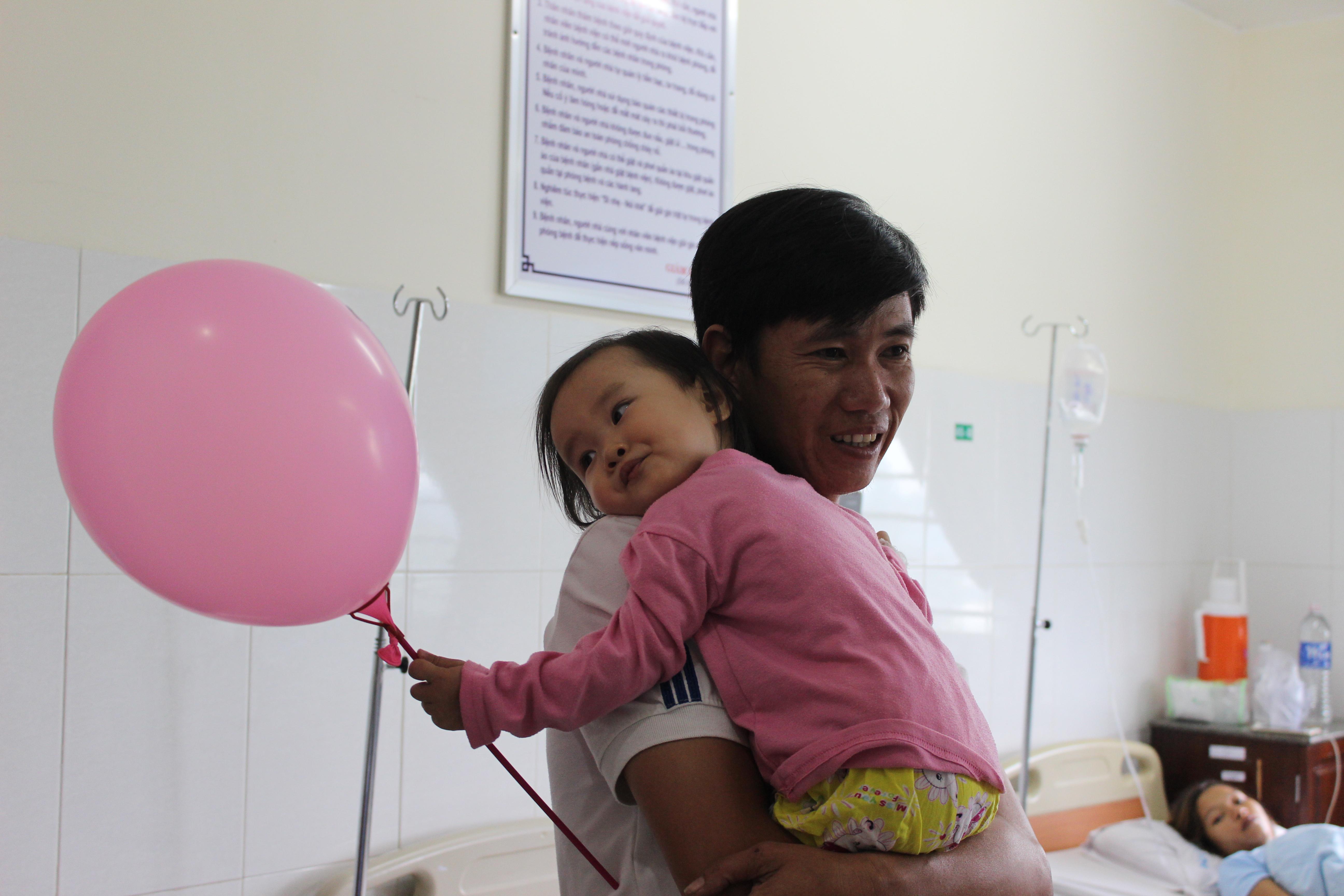 Bệnh Viện Thiện Hạnh: Ấm áp Ngày Tết Trung Thu Của Bệnh Nhi