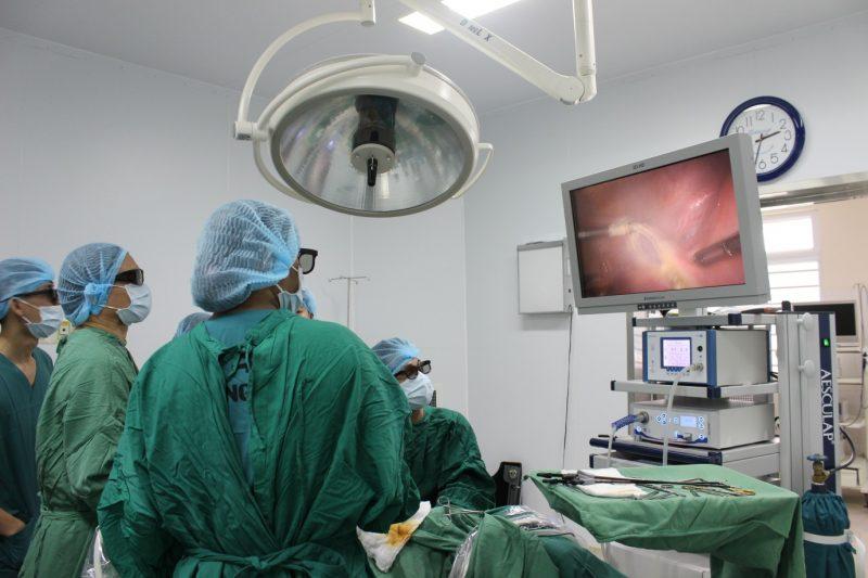Hệ Thống Máy Mổ Nội Soi 3D đầu Tiên ở Tây Nguyên được đưa Vào Sử Dụng Tại Bệnh Viện Thiện Hạnh